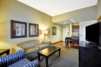 Hotel Homewood Suites By Hilton Tulsasouth
