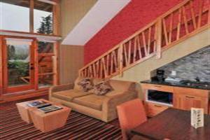 Fox Hotel And Suites