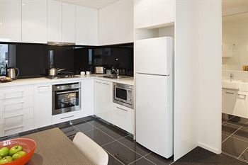 Hotel Melbourne Short Stay Apartments
