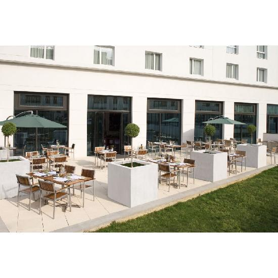 Hotel Courtyard By Marriott Paris Saint Denis