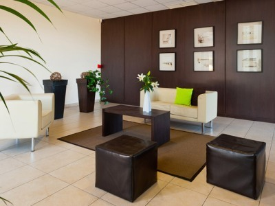 Hotel Teneo Suites Bordeaux Begles