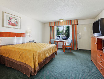 Hotel Travelodge Anaheim Inn And Sui