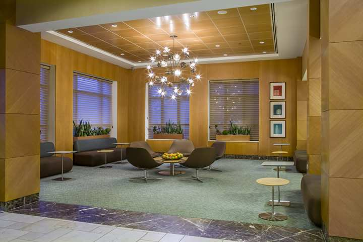 Hotel Doubletree By Hilton Chicago Arlington Heights