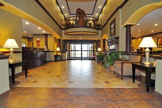 Hotel Best Western Plus Royal Mountain Inn & Suites
