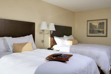 Hotel Hampton Inn Suites Atlanta Arp