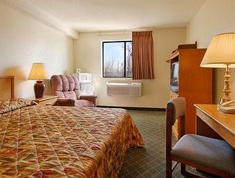 Hotel Super 8 Nashville/ Dntn/ Opryland Area
