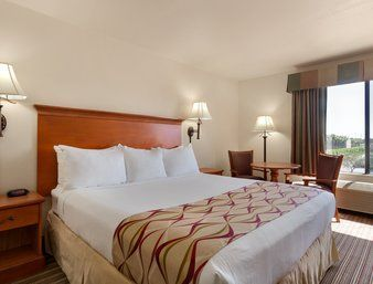 Hotel Ramada Maingate-at The Park Anaheim Ca
