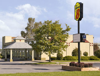 Hotel Super 8 Motel Batavia E Of Darien Lake Theme Park
