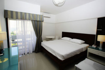 Hotel A-2 House (deluxe Room Only)