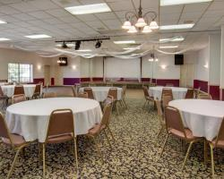 Hotel Econo Lodge Conference Center
