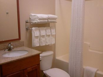 Hotel Candlewood Suites Greenville Nc