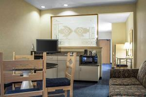 Hotel Comfort Suites Old Town