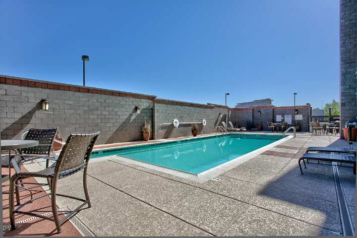 Hotel Hampton Inn And Suites Scottsdale Riverwalk