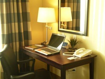 Hotel Holiday Inn Express& Suites Limon I 70 (ex 359)