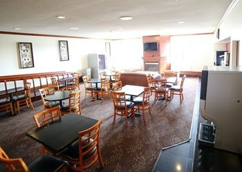Hotel Holiday Inn Express Evansville North(i 64 And Us 41)