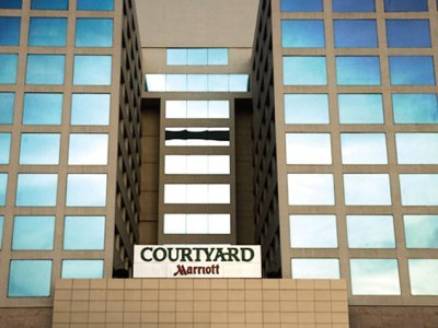 Hotel Dotw  -courtyard By Marriott Chennai-madras