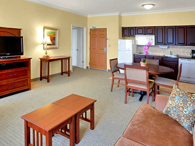 Hotel Staybridge Suites San Antonio Sea World