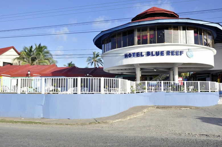 Hotel On Vacation Blue Reef All Inclusive