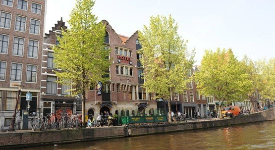 Hostal the bulldog amsterdam noord holland for Bulldog hotel amsterdam