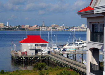 Hotel Charleston Harbor Resort And Marina
