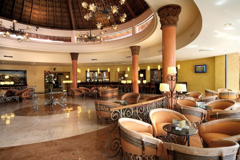 Hotel Barcel� Maya Colonial & Tropical