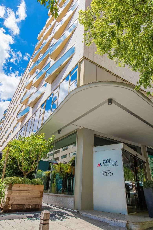 Aparthotel atenea barcelona barcelona for Aparthotel barcellona