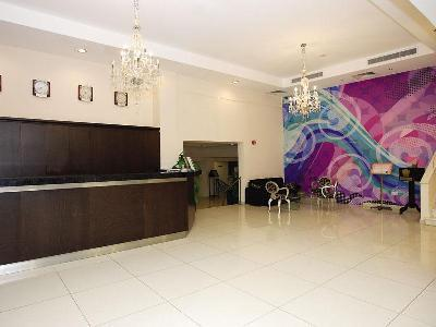 Hotel Crown Henipa