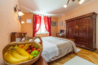 Hotel Amoret  (private Accommodation)(.)