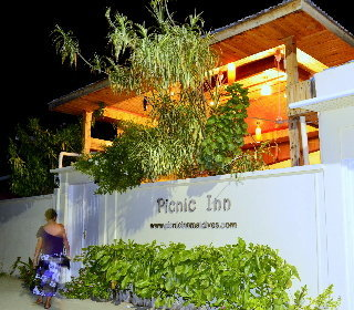 Hostal Picnic Inn