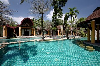 Hotel Village Resort & Spa