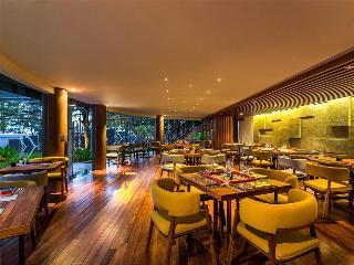 Hotel Novotel Phuket Karon Resort And Spa