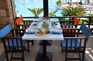 Hotel Warwick Pangea  Beach Resort & Spa