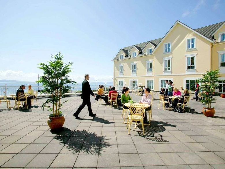Hotel Galway Bay
