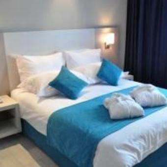 Hotel Husa Solazur Business And Spa