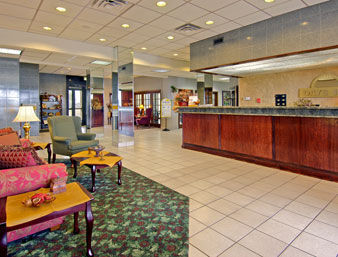 Hotel Days Inn East