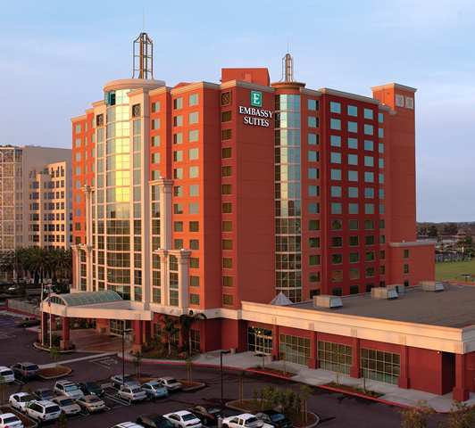 Hotel Embassy Suites Anaheim South - Garden Grove