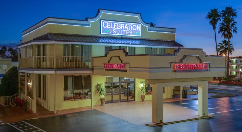 Hotel Celebration Suites At Old Town