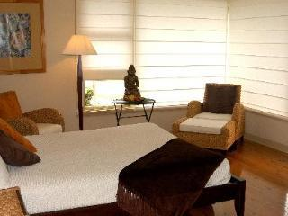 Hotel Dolphin Sands Bed  Breakfast