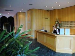 Hotel Sandown Regency  Serviced Apartments