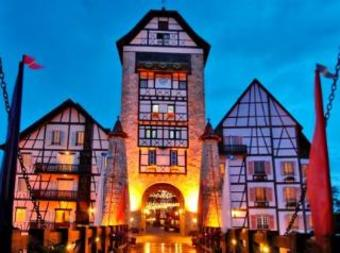 Hotel Colmar Tropicale French Theme Resort