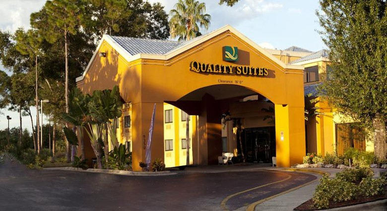 Hotel Quality Suites Universal South