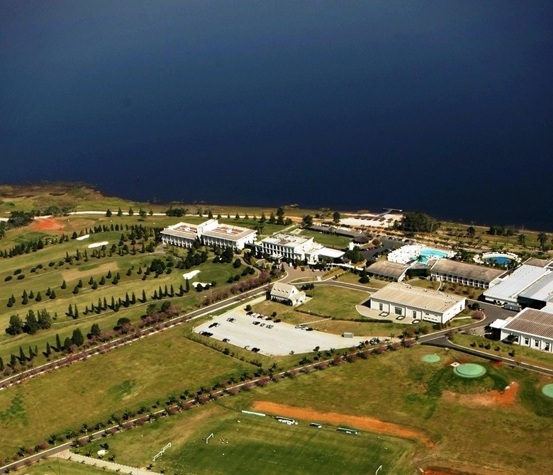 Hotel Paradise Golf Lake & Resort