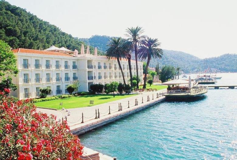 Hotel Ece Saray Marina Resort