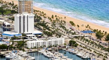 Hotel Bahia Mar Beach Resort