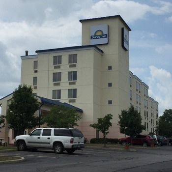 Hotel Days Inn Pittsburgh Airport