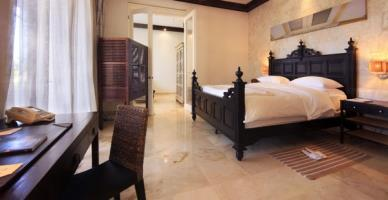 Hotel Casa Colonial Beach & Spa