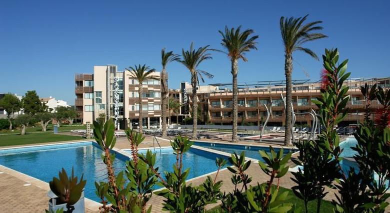 hotel les oliveres resort perello: