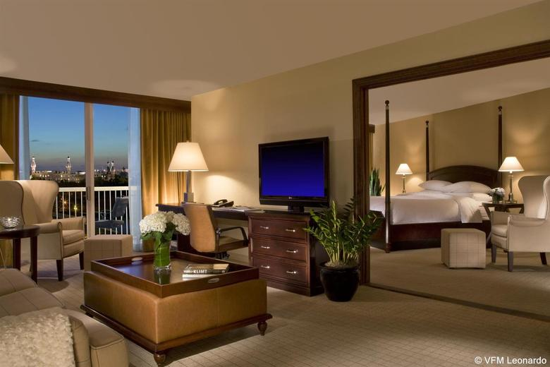 Hotel Sheraton Tampa Riverwalk