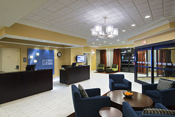 Holiday Inn Express Hotelsuites Boston Cambri