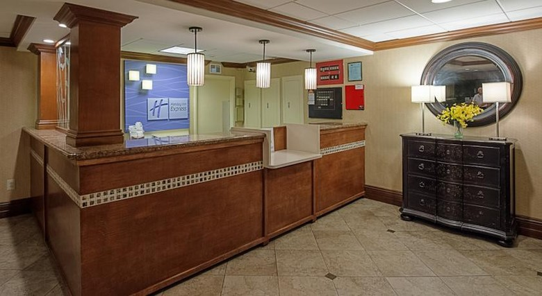 Hotel Holiday Inn Express Miami-arpt Ctrl-miami Springs